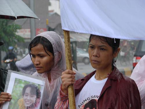 Theary Seng organizing a peace vigil for Aung San Suu Kyi and Burma (in front of Burmese Embassy in Phnom Penh, 2007)